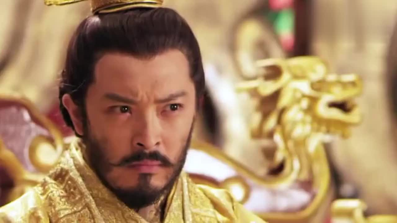 皇帝问李元霸要什么官,李元霸指着宇文成都盔甲金牌:我要它!