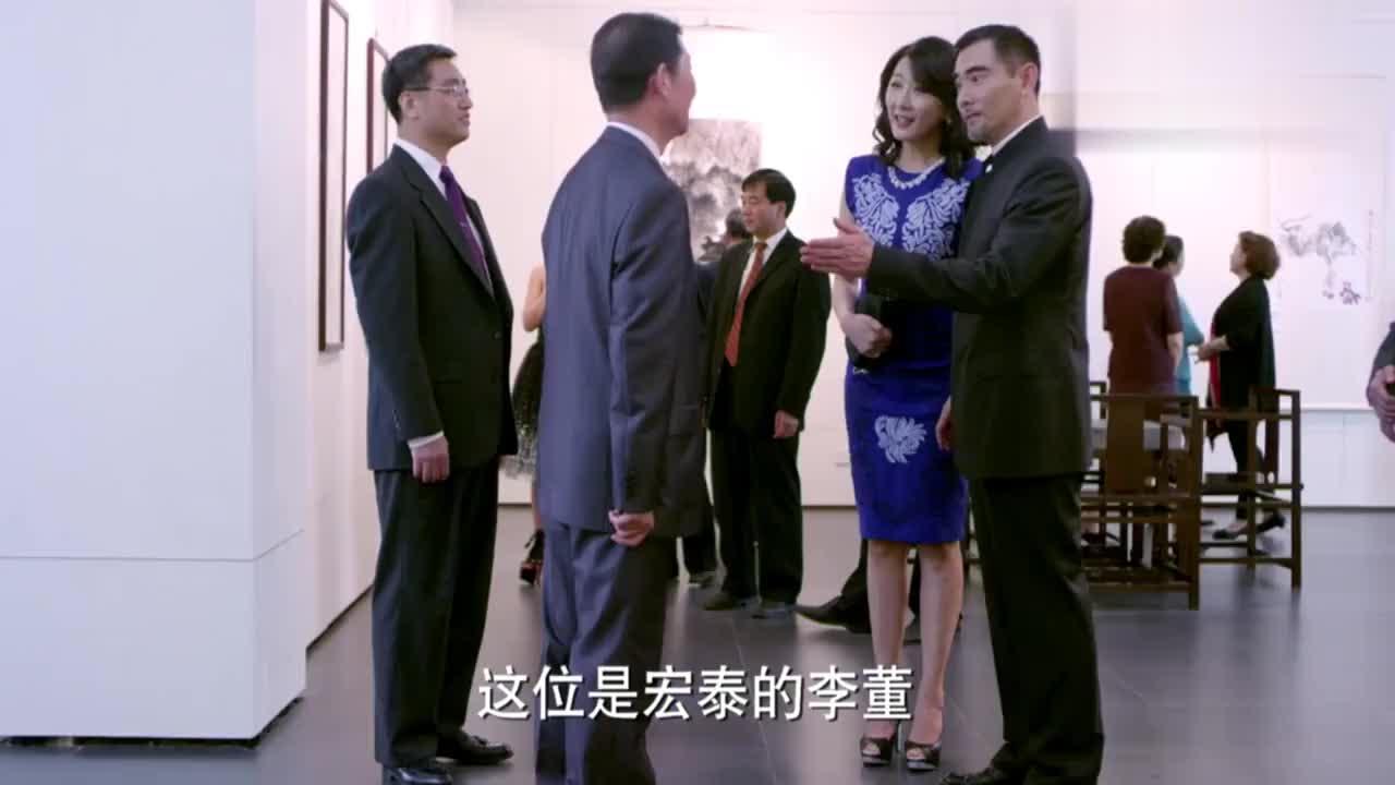 总裁带丁雅琴参加画展,没想到丁雅琴竟有如此表现,总裁表情亮了