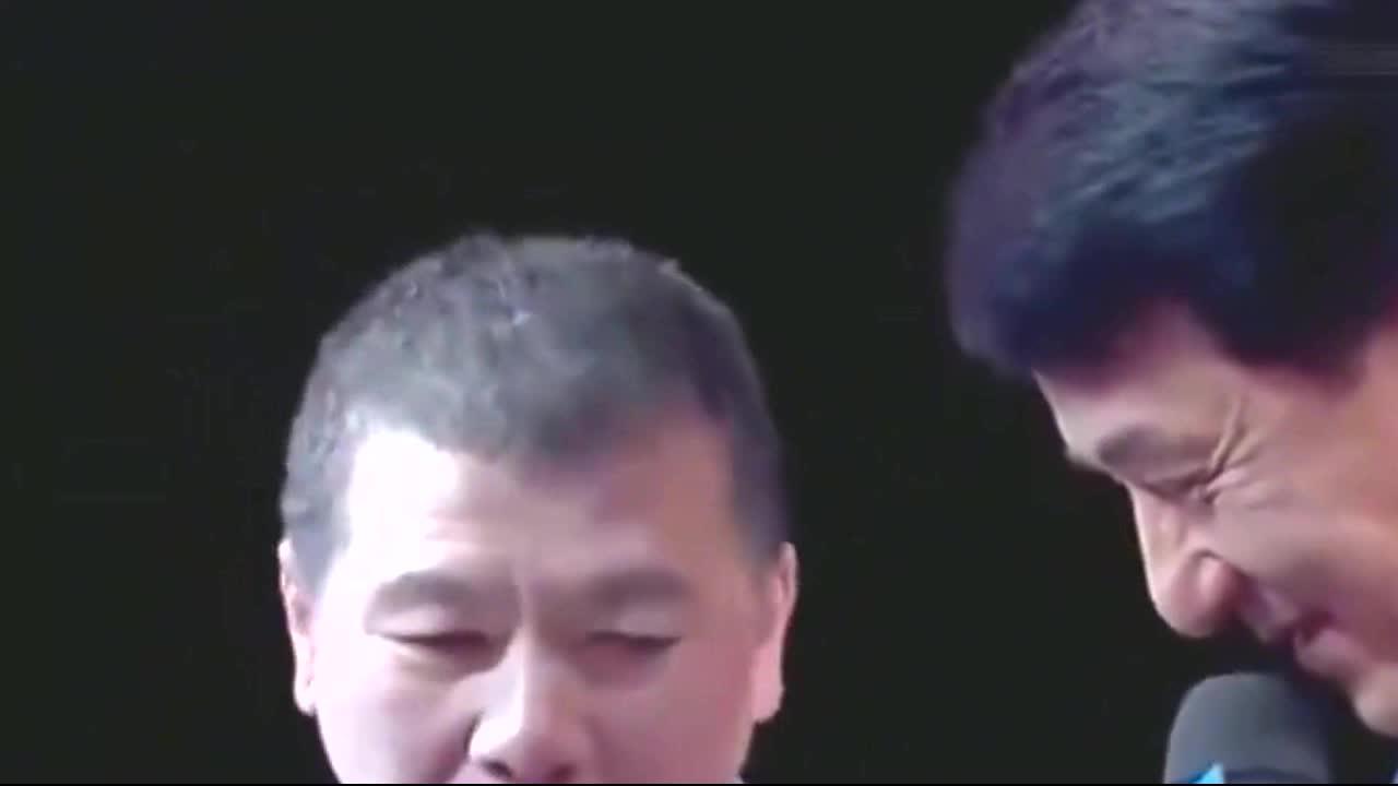 冯小刚节目甩大牌,让成龙弯腰给他道歉,把气的宋丹丹离场