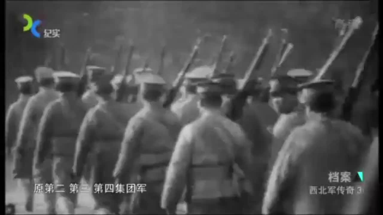 中原大战胶着时,张学良20万大军援蒋,西北军兵败残部被收编