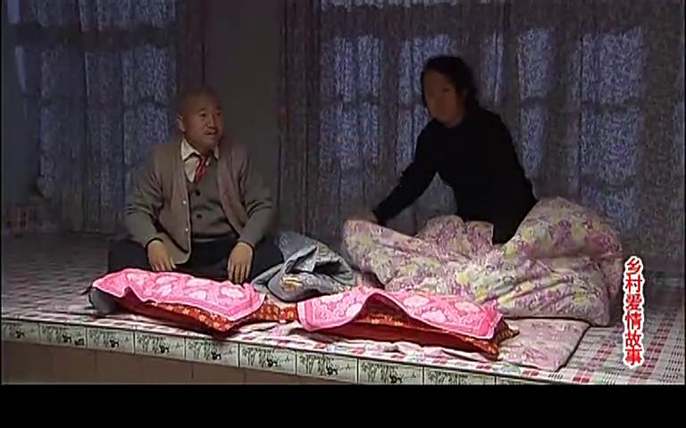 长贵担心王大拿骚扰大脚,派刘能做卧底监视大脚超市