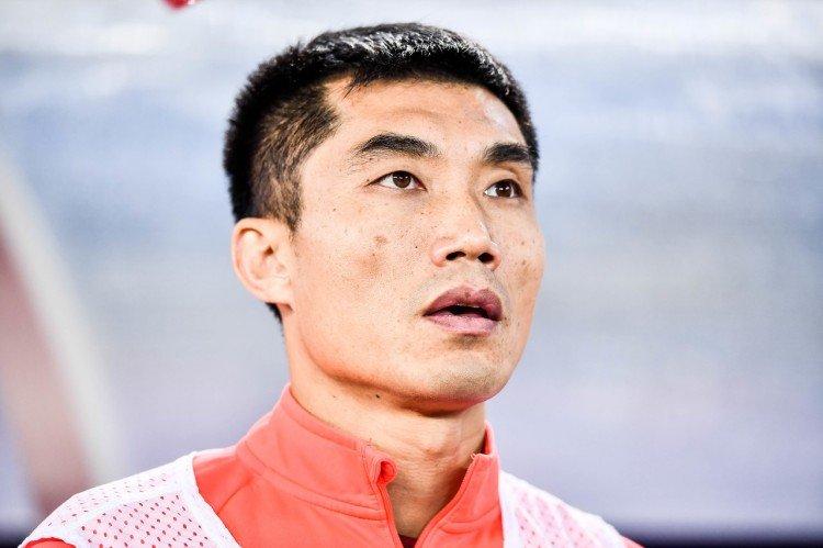队长+助教+总经理,郑智身兼四职成史上第一人,他早该顶替菜卡