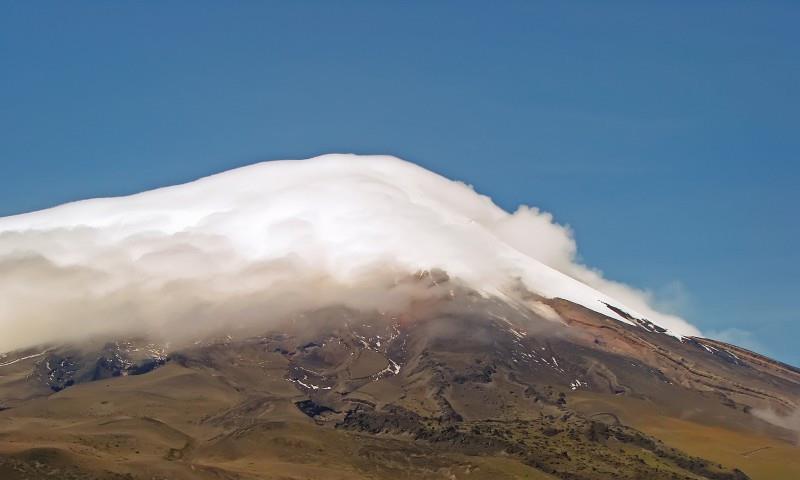 《厄瓜多尔科托帕希自然风景》扑天雕-协助拍摄