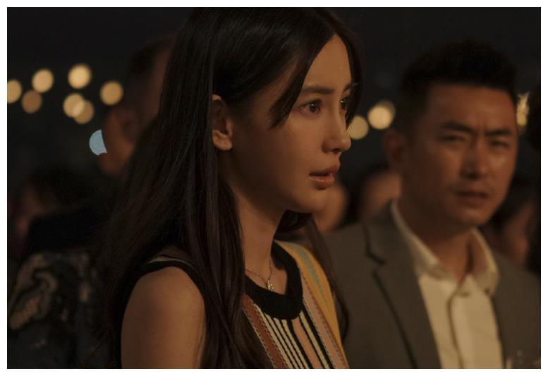 《摩天大楼》演技获好评后,baby高调官宣新电影,得知男主惊喜了