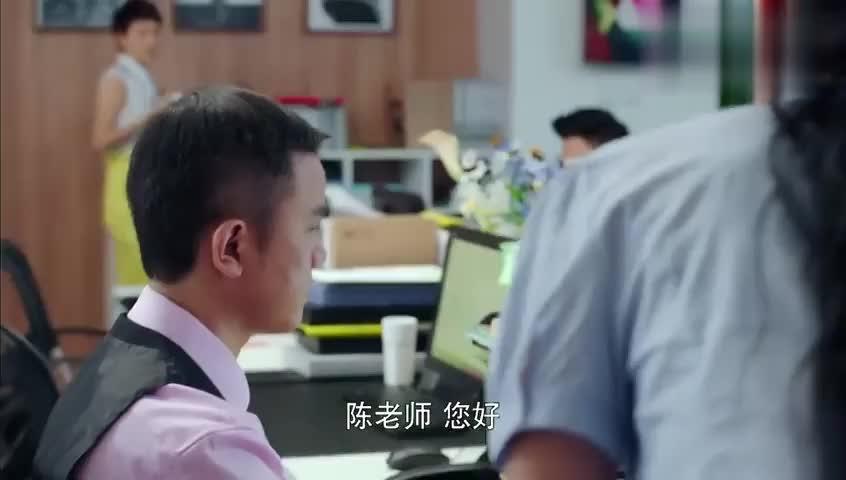 北上广不相信眼泪:实习生跟老员工请教,这态度激怒老员工了