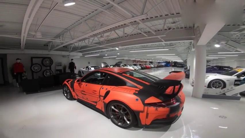 视频:价值140W的保时捷911_GT3_RS,配以空气动力学套件和高性能轮胎