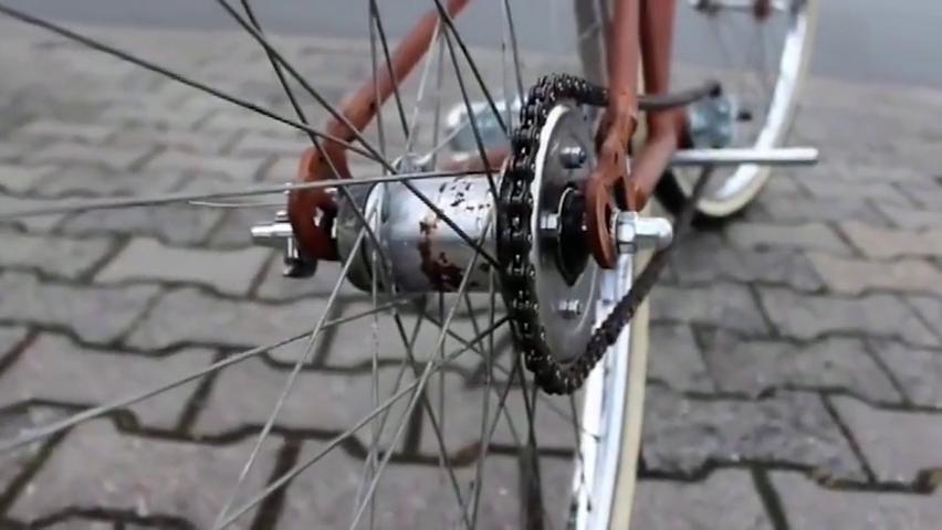 科技探索:这是我见过改装最完美的电动自行车!