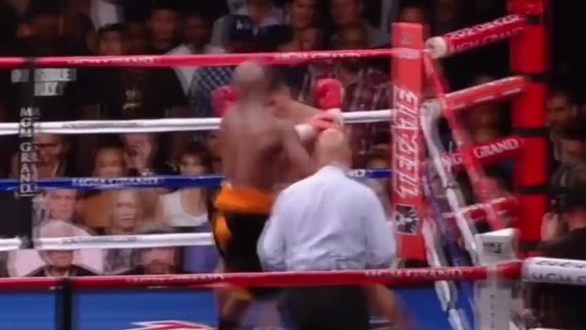 新西兰拳王扬言KO中国拳手,结果被1回合5次重击,给上了一课