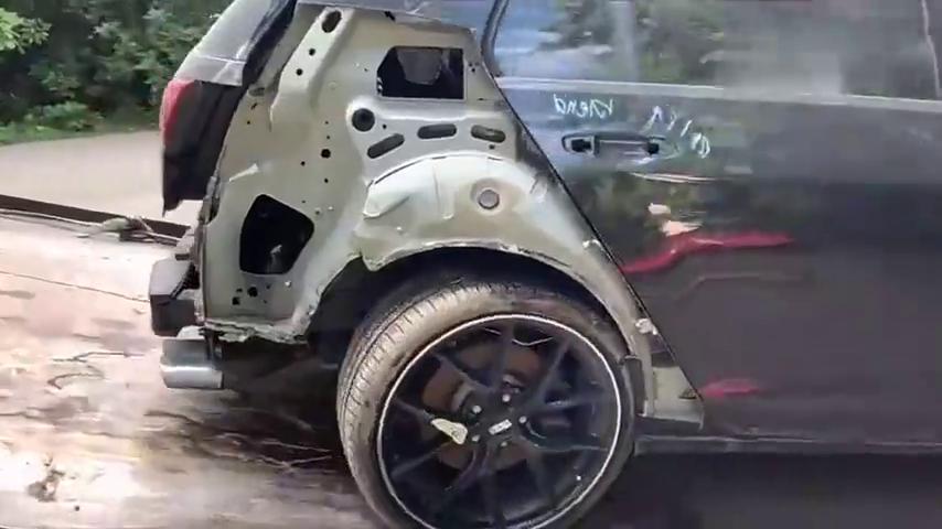 视频:9000刀拍回来的大众高尔夫事故车,牛人把它修复后,这钱花的值吗