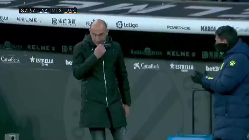 武磊进球绝平巴萨!加泰德比中的武球王比梅西更抢镜