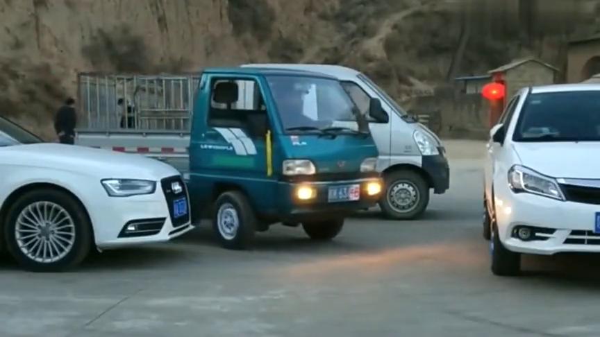 当五菱车遇到神人,小货车都能开出专业赛车的样子,不是拍下谁信