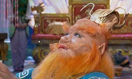 西游记中,龙王和阎王一起拜见玉帝,为什么玉帝却不让阎王进殿