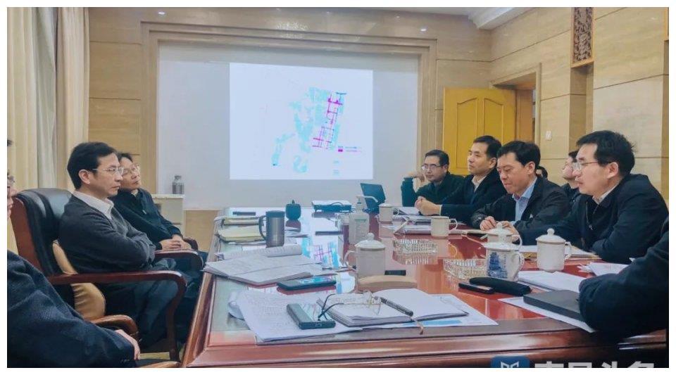 全力以赴推进南昌高铁东站及周边地区建设 黄喜忠主持召开专题会
