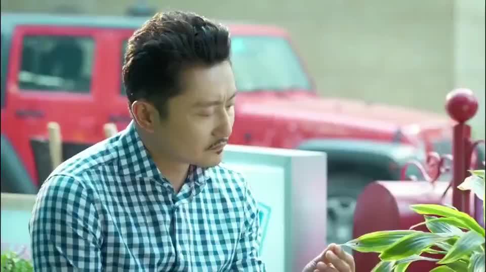小丈夫:杨玏找涂松岩谈话,话里话外都在为俞飞鸿打抱不平