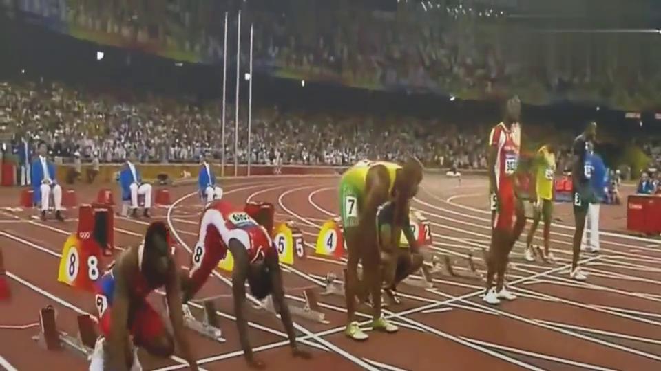 博尔特当年是怎样轰动鸟巢的?唯一敢在百米决赛回头望月的男人