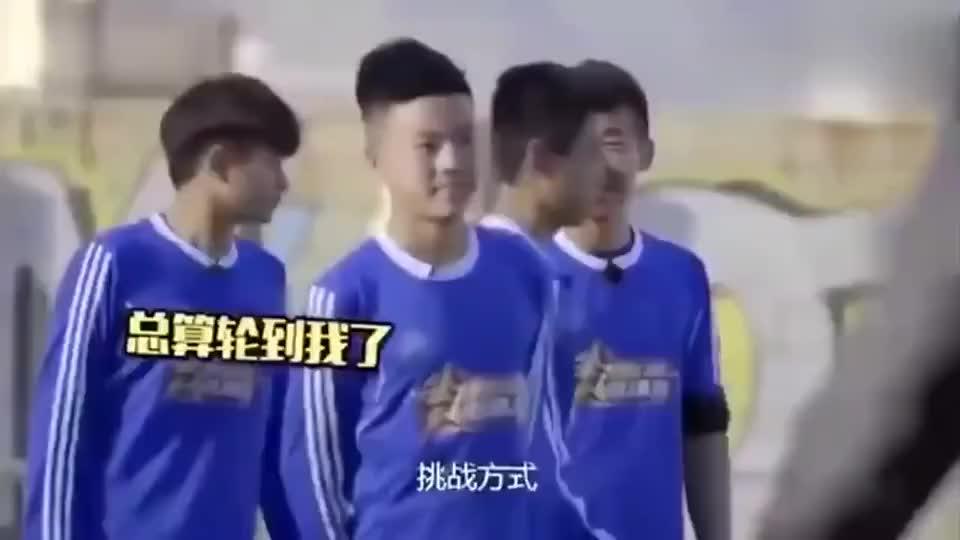中国青年足球运动员和梅西过招,真正体验一把什么才叫世界级水平