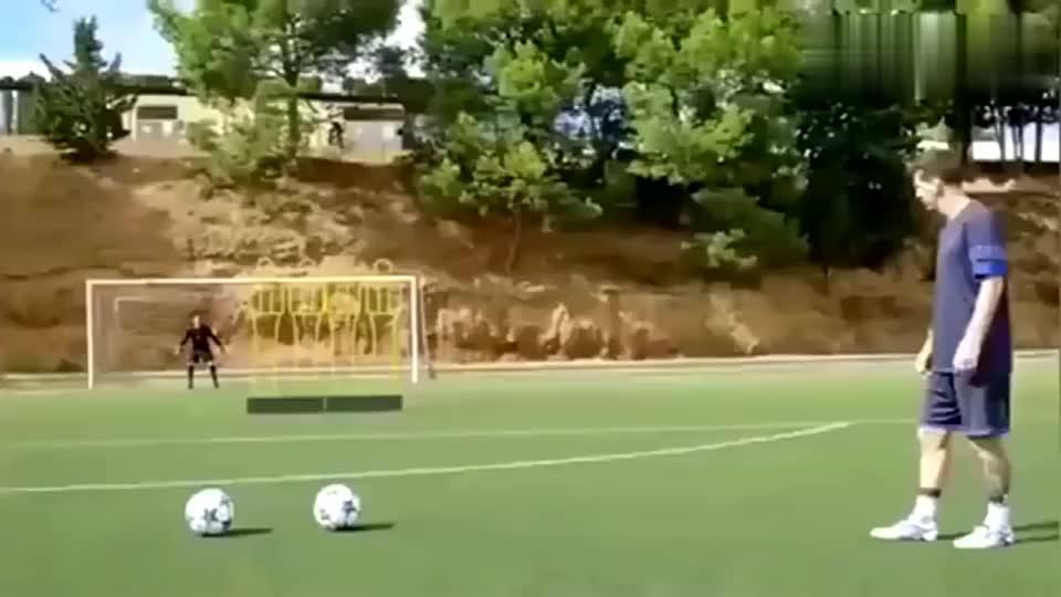 梅西任意球为什么那么厉害?他这样训练,C罗不一定能坚持做到!