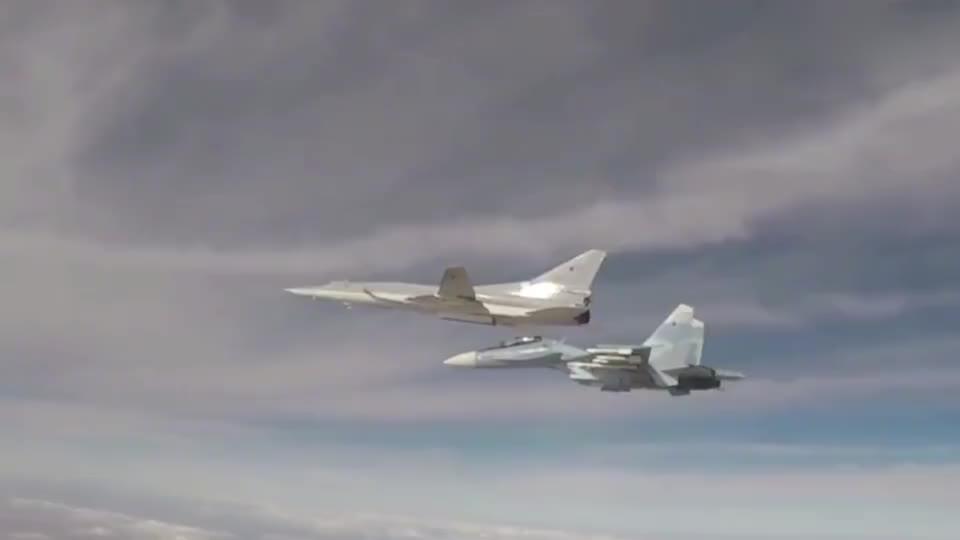 图22М3逆火C可变翼超音速轰炸机投射训练曝光 俄罗斯空天军霸气