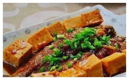 美食推荐:千叶焖小黄鱼,浇汁豆腐,黄瓜炒鳝鱼的做法
