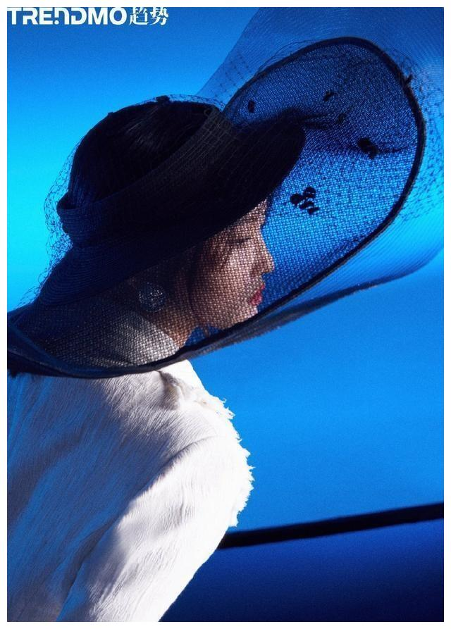 跳水奥运冠军陈若琳最新时尚杂志大片来袭,质感十足美出新高度