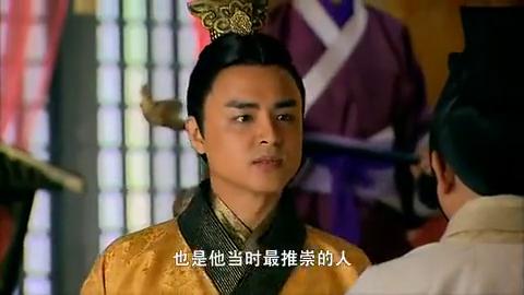 项羽召集三军攻打刘邦,韩信和军师为了不让他犯下大错,拼死阻拦