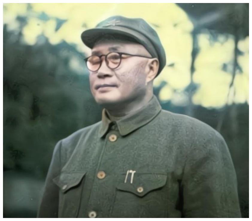 刘伯承元帅去世,85岁的徐向前写首七律悼亡诗,短短56字令人泪目
