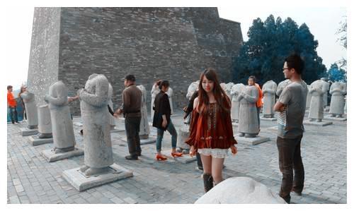 乾陵六十一蕃臣石像全部没有首级如此怪事究竟为何