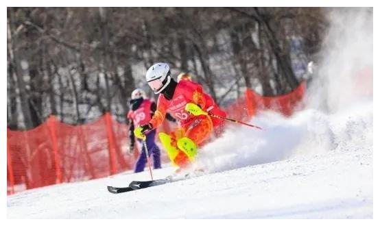 长春市滑雪队获省锦标赛多项冠军