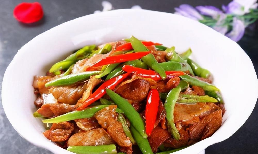 辣椒炒肉,肉片发柴嚼不动,教你饭店不外传的诀窍,肉片入口即化