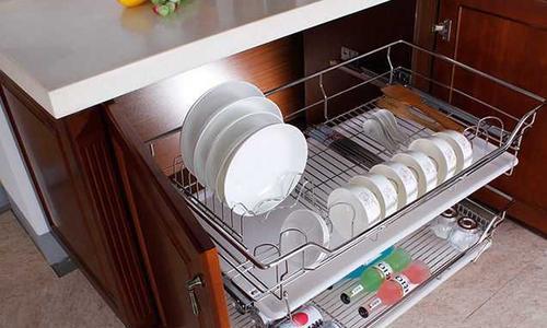 厨房拉篮的安装方法,橱柜拉篮安装技巧,这样装厨房空间更合理!