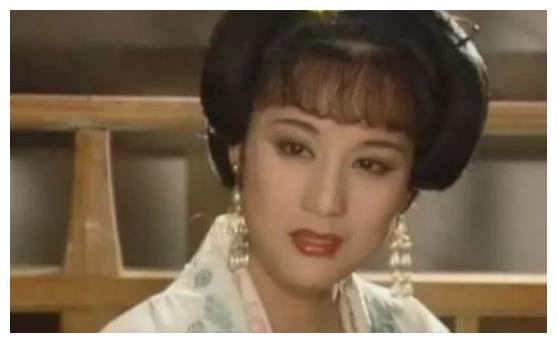 她是国家级演员,为爱情与导演同居27年不结婚领证,如今已离世!