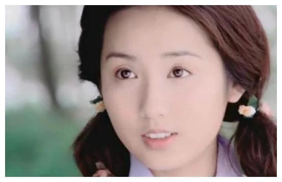 胡歌将她带入行,唐嫣把她带火,如今36岁成女神美到犯规