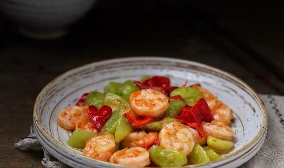 虾仁跟它是绝配,口感脆嫩鲜美,吃一口唇齿留香,回味无穷