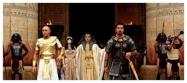 黄昏与黎明的灵魂交合中的埃及建筑:拉美西斯二世的荣耀之光