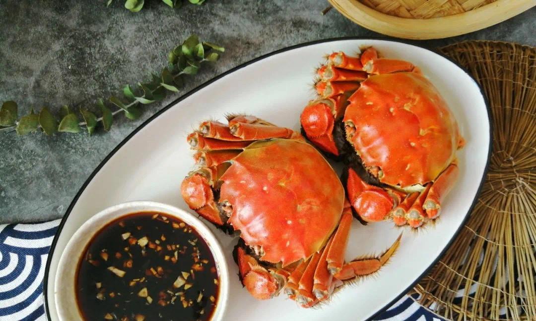 清蒸螃蟹最好吃的做法,不流黄不掉腿没腥味,黄肥肉嫩,原汁原味