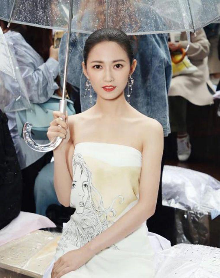 陈钰琪,一身打扮都很甜美可人,秒变青春美少女!