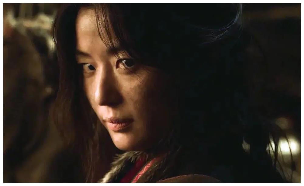 全智贤时隔三年再拍新剧,惊喜亮相《王国2》最后一幕