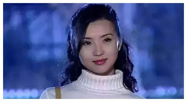 《粉红女郎》17年变化,有人成中戏老师,有人皈依佛门,她成赢家