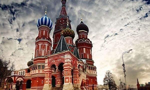 红场是莫斯科历史的见证,也是莫斯科人的骄傲