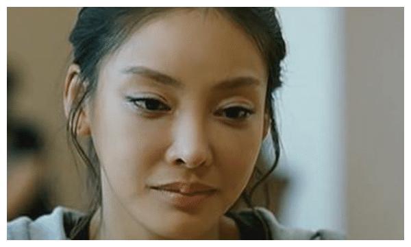 张紫妍的悲惨遭遇:每天服务好几人,还有的是父子关系
