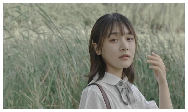 凌美仕日系写真曝光《心动的瞬间》甜蜜热播