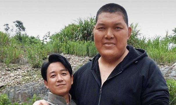 """因""""相貌异常""""被吴京发现,出道十年做特型演员,深受观众喜爱"""