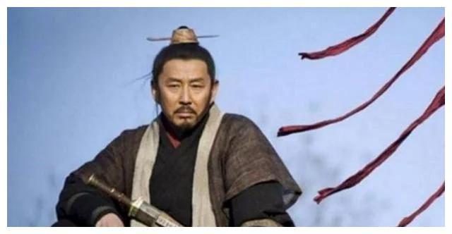同样是草民出身的皇帝,刘邦和朱元璋哪个更强?