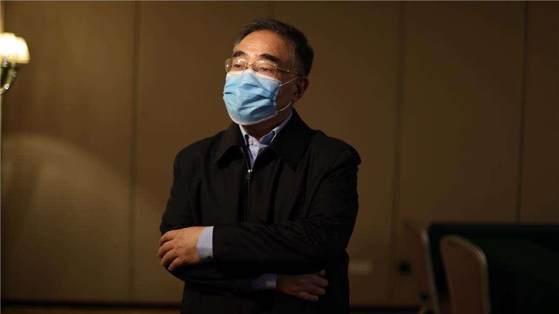 """中国工程院院士张伯礼回应""""中医黑"""":他们慢慢地会相信的!"""