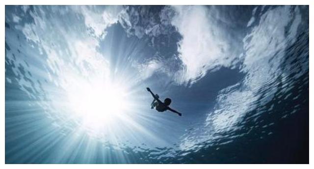 人们为何如此惧怕海洋?来自生理上的拒绝——深海恐惧