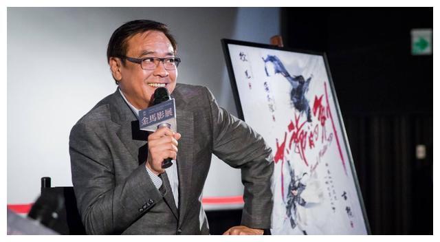 尔冬升说,如今香港30+可用的男演员只有这两个,想想还真是如此