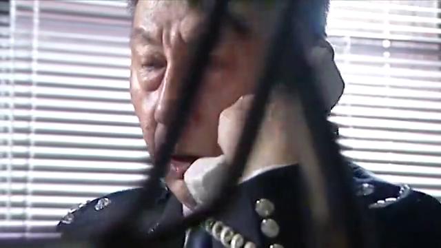死者身上没有枪伤,刑警队长断定逃犯诈尸,他已经没招了