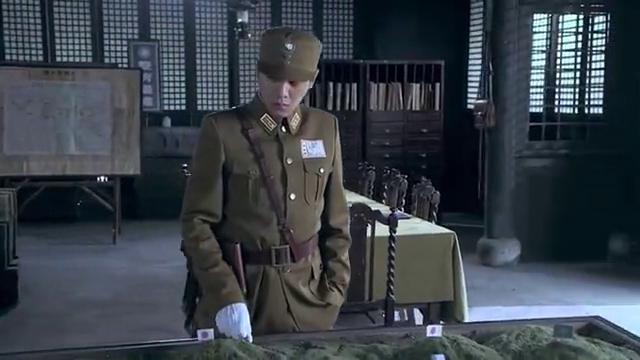 周卫国带领新驻地,见到萧雅,开往阵地