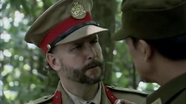 生死归途:英国顾问说中文,怎料东北营营长丝毫不给好脸色