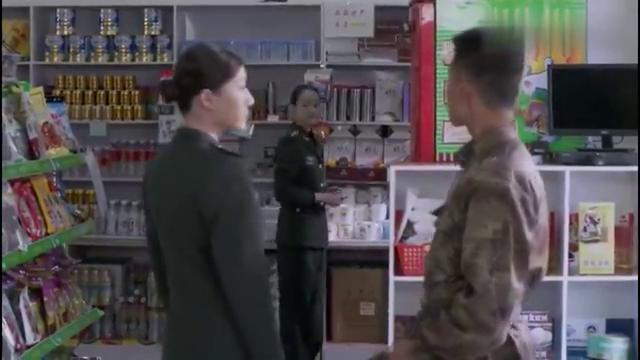 雪域雄鹰:乔二为讨薇薇安欢心,竟把商店所有奶粉全买了,真痴情